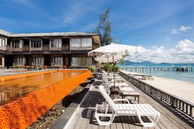 บ้านพลอยสี – Baan Ploy Sea