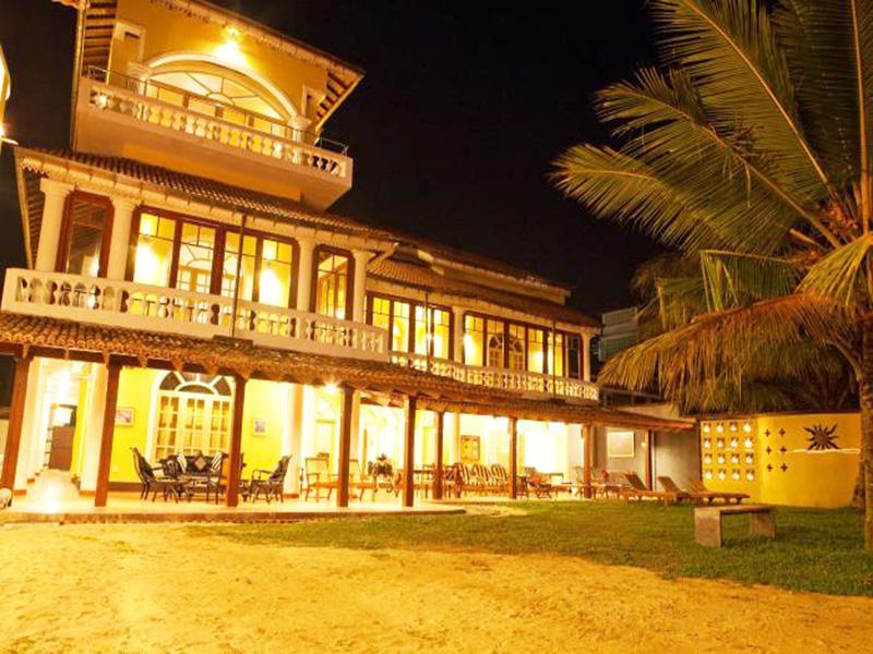 LagoonBeach Villa