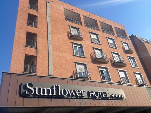 Sunflower Hotel