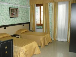 Hotel Residence Sestrieres image