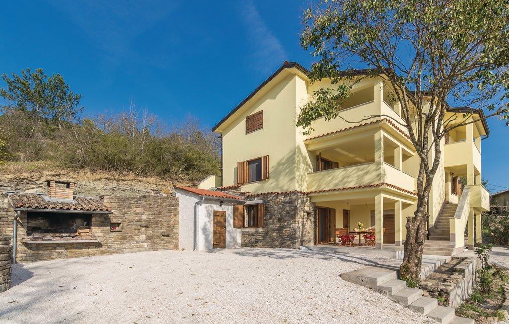 Villa Brbon