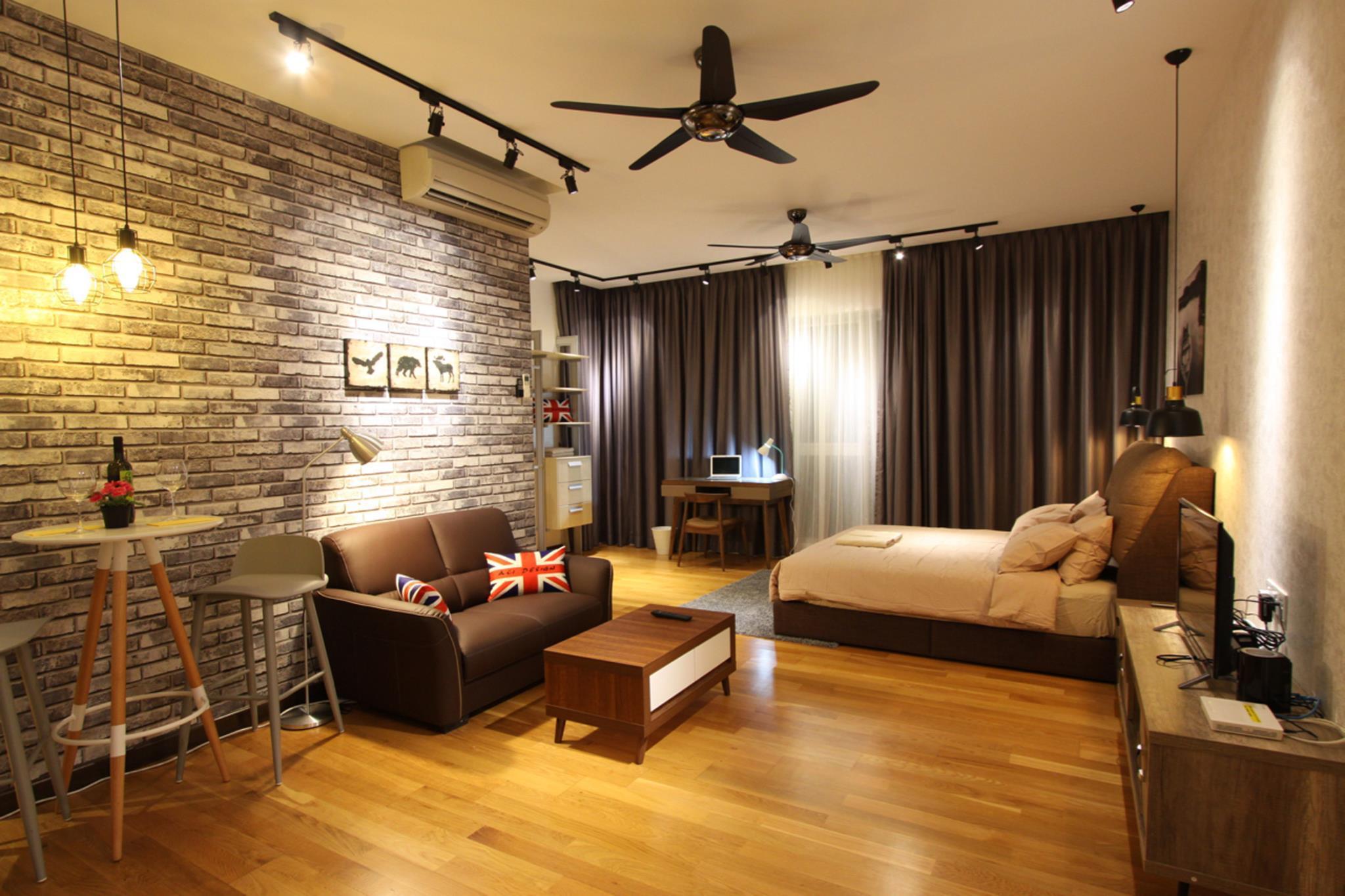 Homey Studio With Amazing Rooftop Swimming Pool