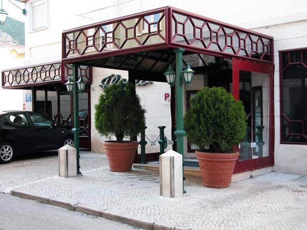 Flora Guesthouse