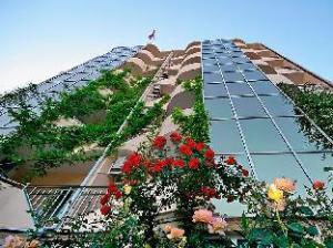 乌玉特豪华酒店 (Grand Hotel Uyut)