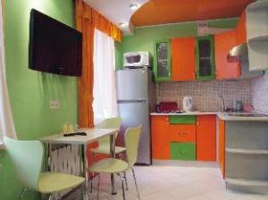 關於普杜什卡豪華公寓 (Podushka De Luxe Apartment)