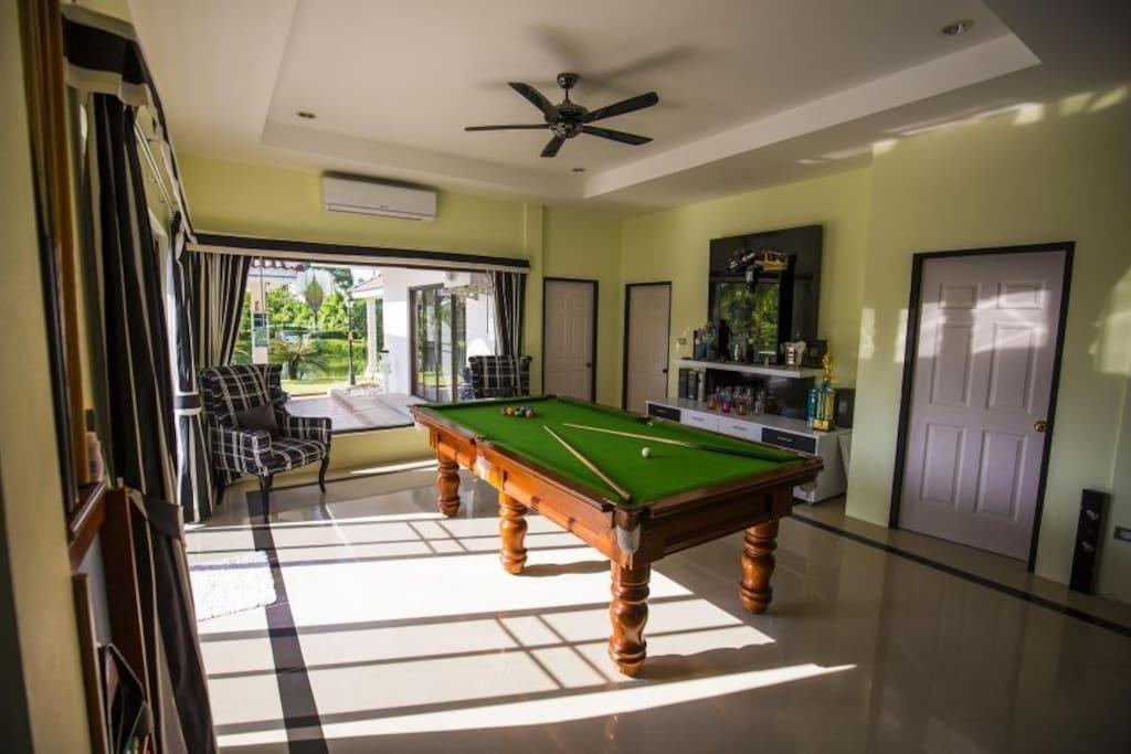Private Luxury Villa 4 Bed with pool in pattaya Discount