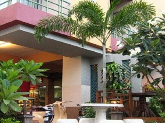 เพนท์เฮาส์ เซอร์วิส อพาร์ตเมนท์ (โรงแรมห้องสวย) – Penthouse Service Apartment
