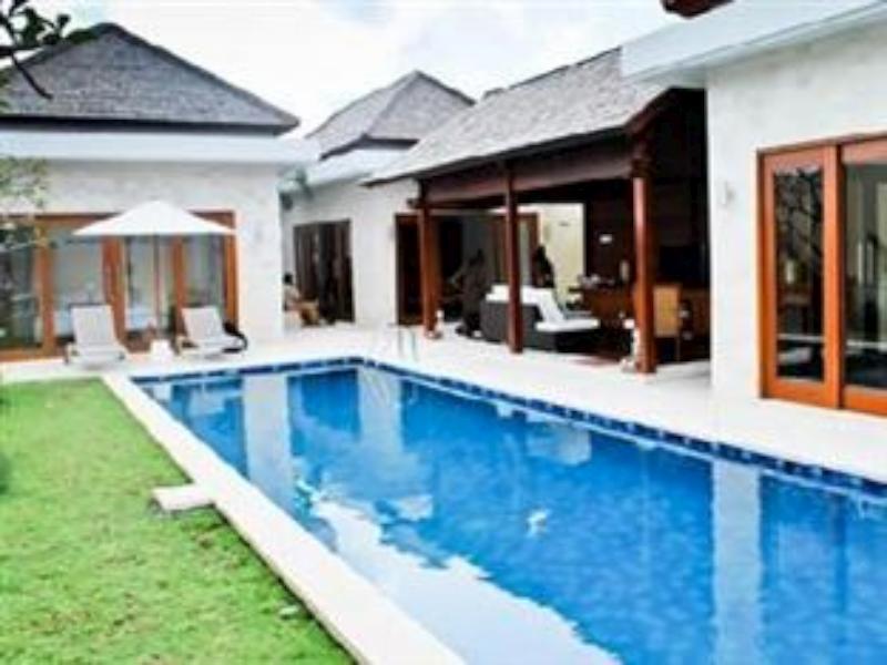 Villa Diza Jimbaran Bali
