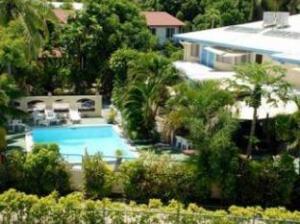 Smugglers Cove Horizon Beach Resort