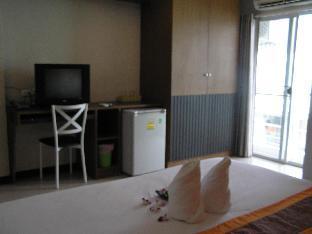 ザ インプレス コンケーン ホテル The Impress Khonkaen Hotel