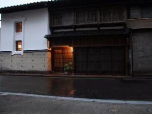 石巴雅旅馆 (Ryokan Shibaya)
