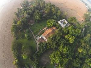 Green Mansions Jungle Resort