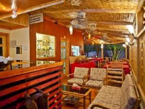 Stingray Beach Inn at Maafushi