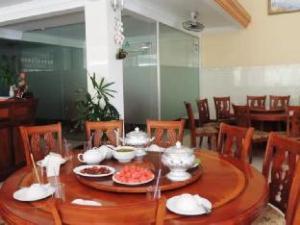 Reaksmey Battambang Hotel