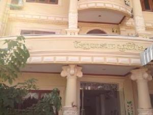 Phoumixay Hotel