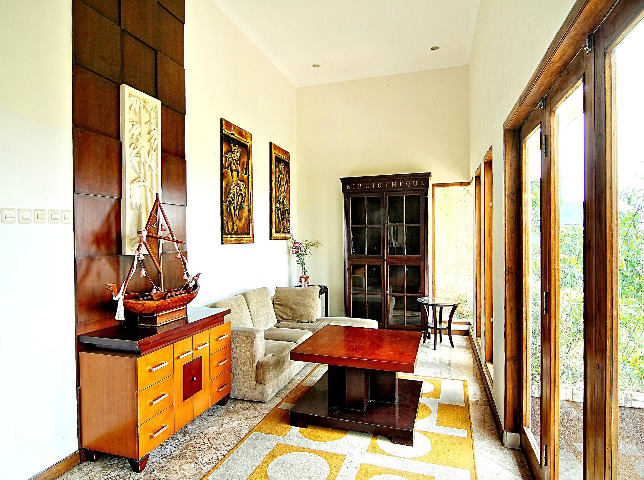 De Bukit Dago Villa By HouseinBandung