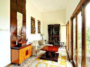 De Bukit Dago Villa