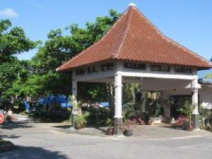 Om Tanjung Pesona Beach Resort & Spa (Tanjung Pesona Beach Resort & Spa)