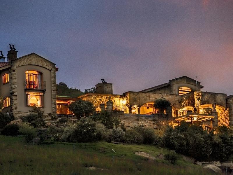 Wild Horses Lodge