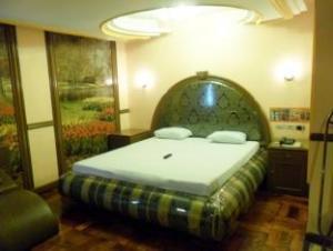 Halina Drive-Inn Hotel
