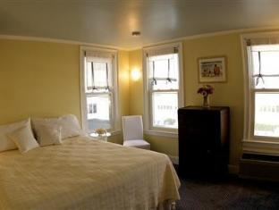 Grand Victorian At Spring Lake Bed And Breakfasts image