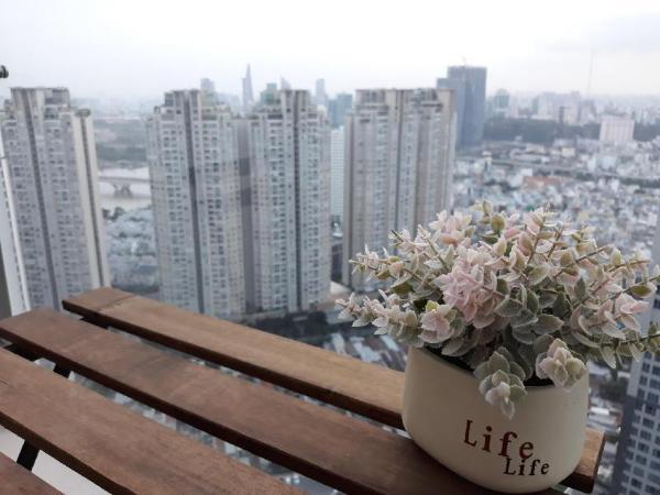 2BR SMARTHOME SKY VIEW, GYM, POOL & GREEN PARK Ho Chi Minh City