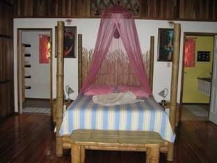 Coral Hill Bungalows Bed and breakfastss image