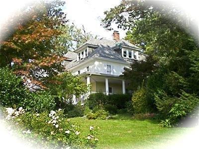 Seasons At Magnolia Manor
