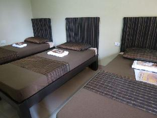 picture 5 of Monti's Place Dine & Bed
