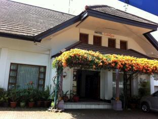 Catellya Guest House Cipaku