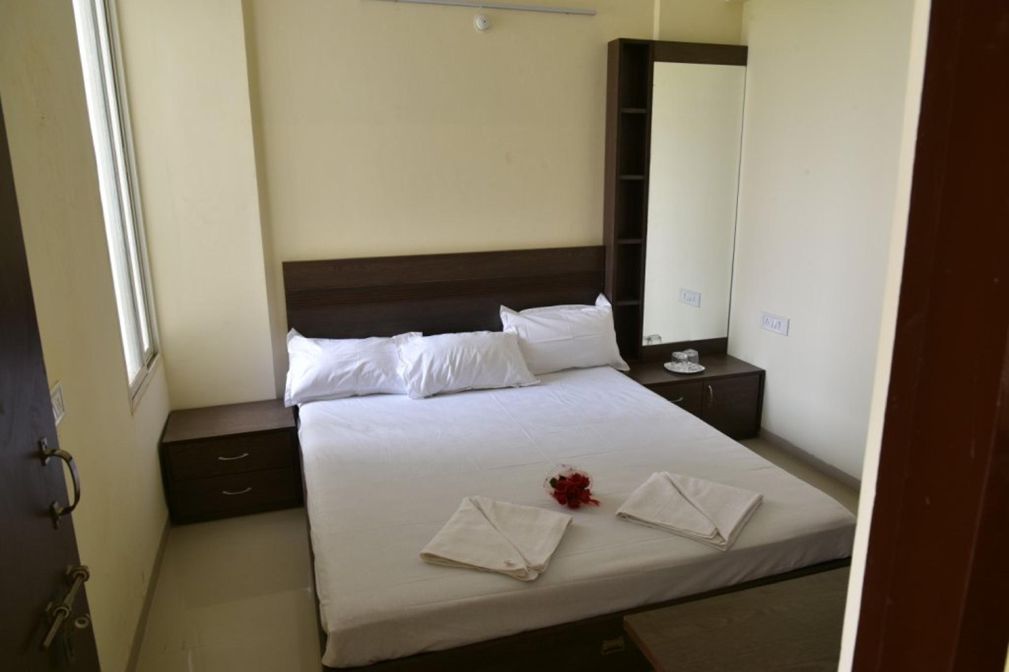 StayEden Service Apartment Rau   1BHK