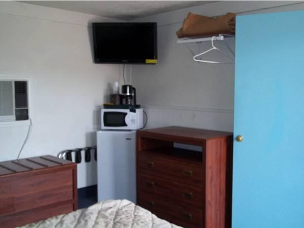 Altamont Motel