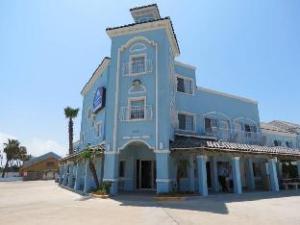 Casa Bella Hotel And Suites