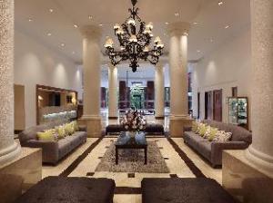 فندق أريادوتا ليبو فيلدج (Aryaduta Lippo Village)