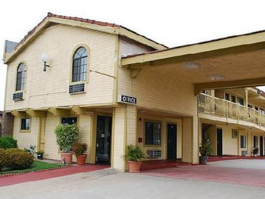 Del Amo Inn