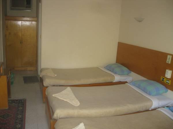 Rezeiky Hotel And Camp