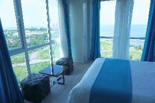 picture 4 of La Mirada Residences 1, Luxury 2 Bedroom condo
