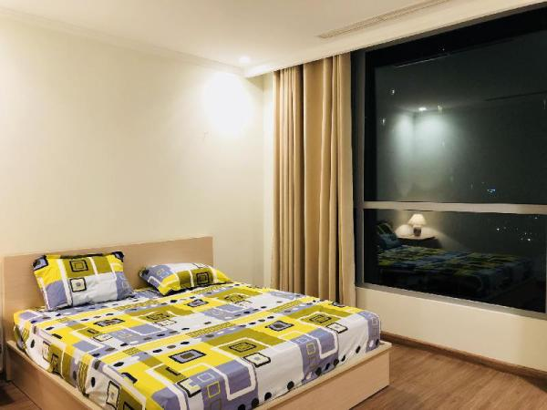 LUXURY apart 2 BR, free pool/gym NEXT TO CENTER Ho Chi Minh City
