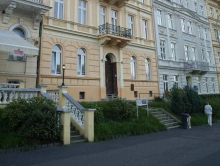 Zahradni Apartments