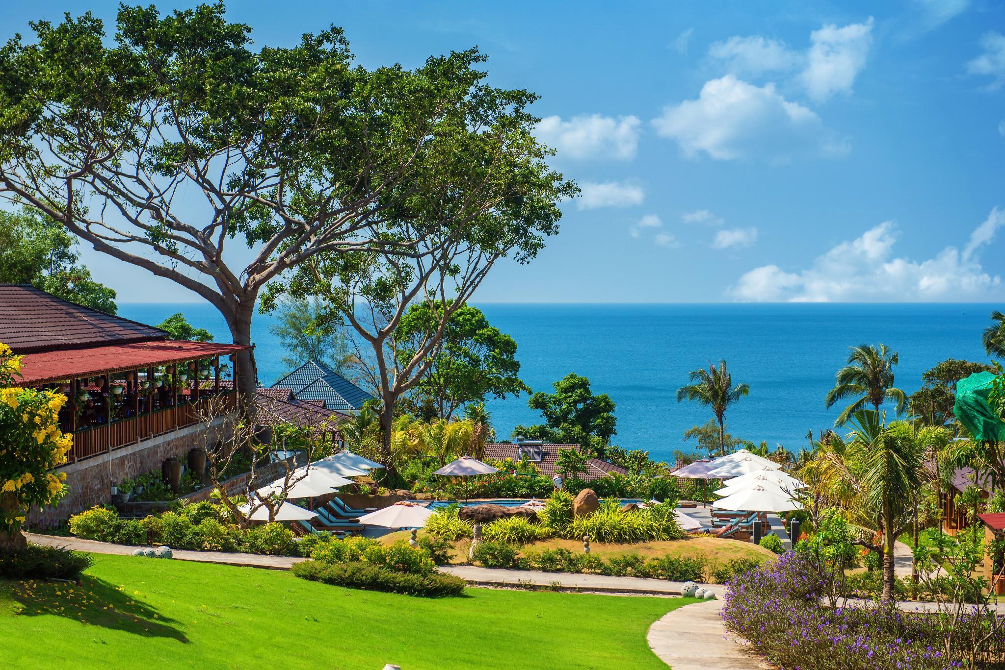 Camia Resort And Spa