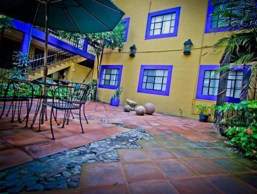 Hotel Y Hostel Allende