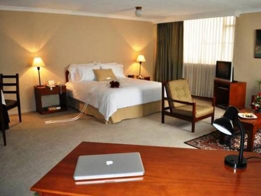 Hotel Chic� Imperial Aparta Suites