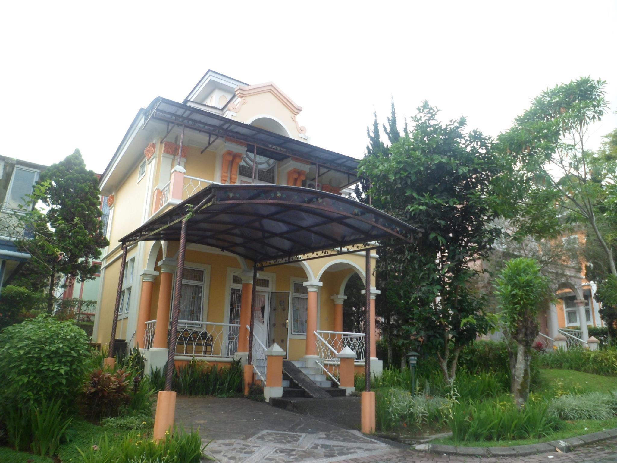 2 Bedrooms Villa Kota Bunga Santibis EE