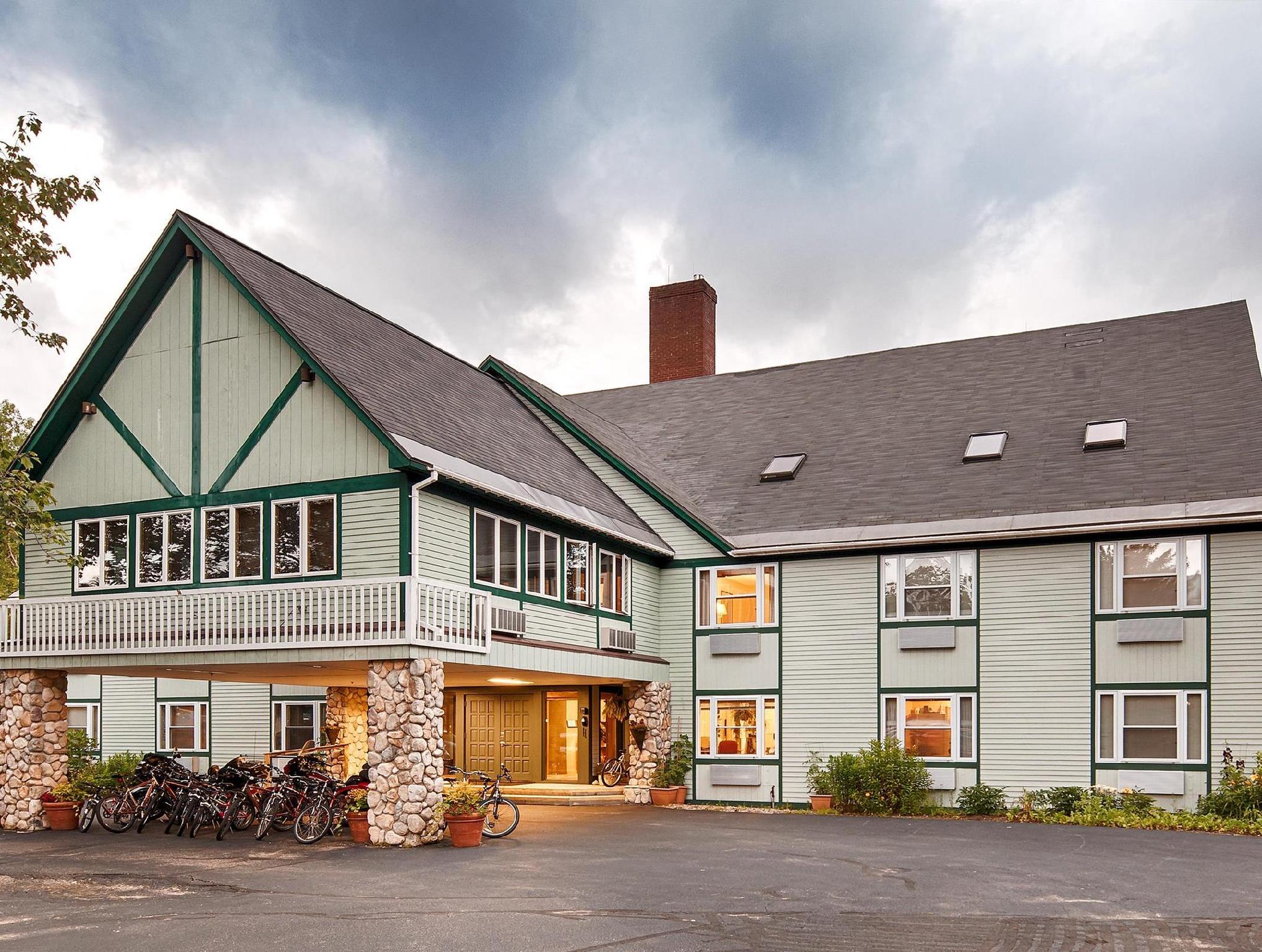 Silver Fox Inn