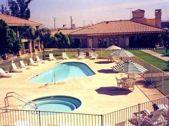 Calipatria Inn And Suites
