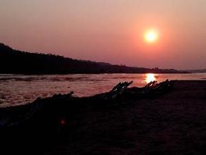 Sobre Vijitra Camping & Resort (Vijitra Camping & Resort)