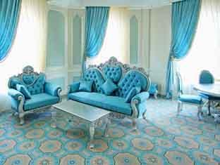 Royal Grand Hotel