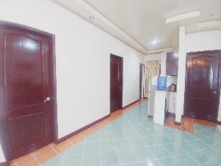 picture 5 of 3-Bedroom Apartment