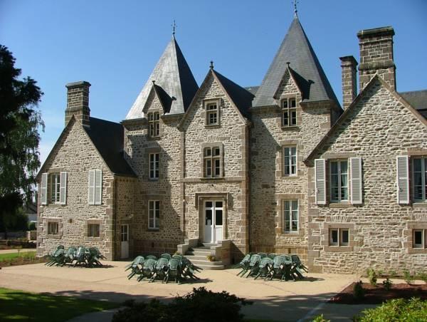 Chateau Du Bourg