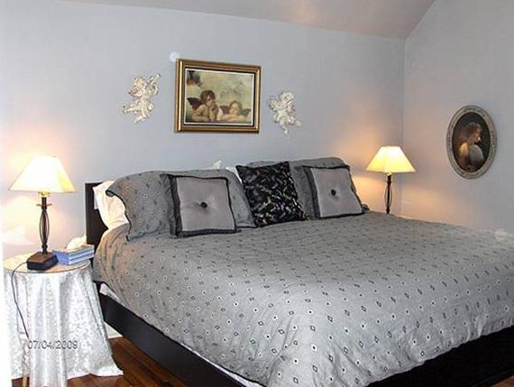 Agincourt Manor BandB Suites